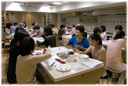 ベターホーム協会食文化セミナーはじめてのはちみつ講座a