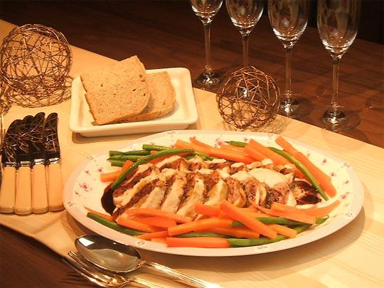 はちみつを使ったアイデアいろいろ鶏むね肉のオーブン焼き、ワインとはちみつのソース3