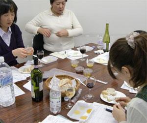 NHK文化センター栄チーズとはちみつの講座100227c