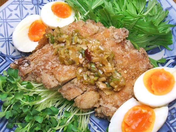 はちみつを使ったアイデアいろいろマヌカはちみつの特製ダレで食べる油淋鶏3